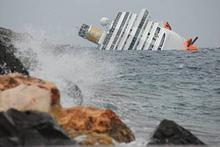 La nave da crociera Concordia si inabissa al Giglio
