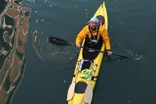 Emilio Rigatti a Venezia in Kayak